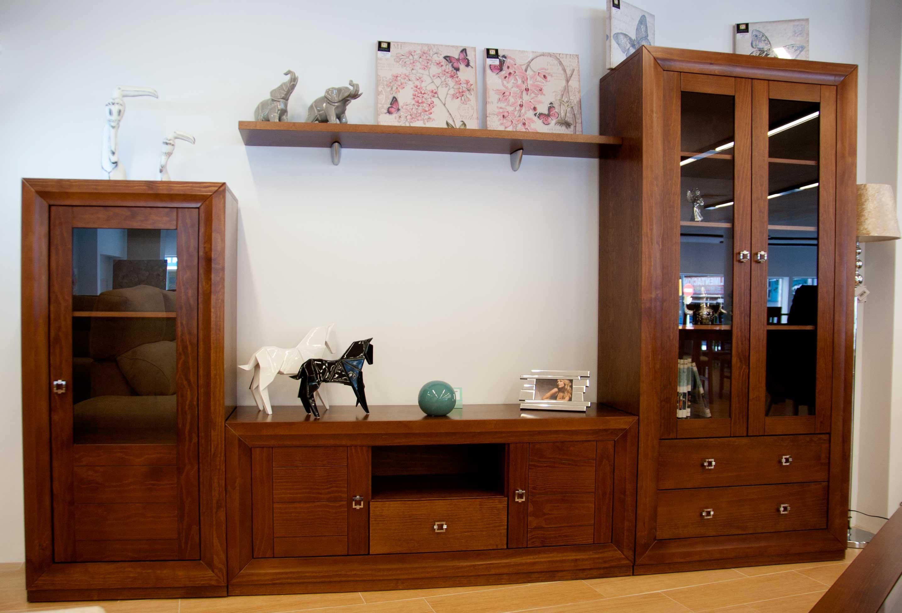 Muebles comedor madera muebles de madera centenaria for Muebles comedor madera