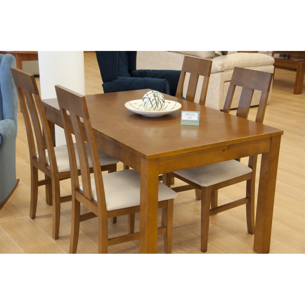 Mesa de comedor extensible de madera natural con juego de for Comedor cuatro sillas