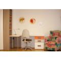 Dormitorio juvenil con cama compacta con nido, armario rinconero y zona de estudio