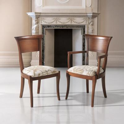Silla y sillón clásicos de madera de haya modelo Gala