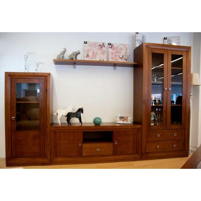 Salón comedor de madera natural color cerezo