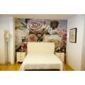 Dormitorio de matrimonio de madera color lino