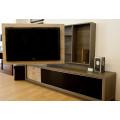 Mueble TV con panel giratorio
